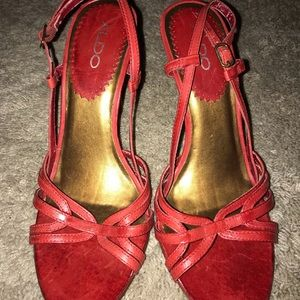 "Aldo Red 2"" sandal heels"